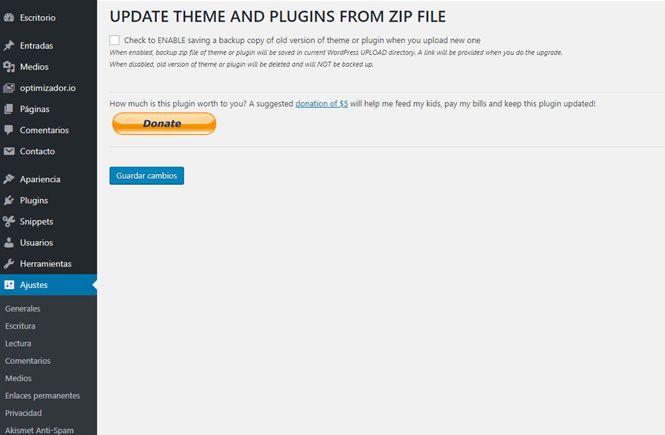 Activar la casilla para hacer una copia de seguridad con el plugin